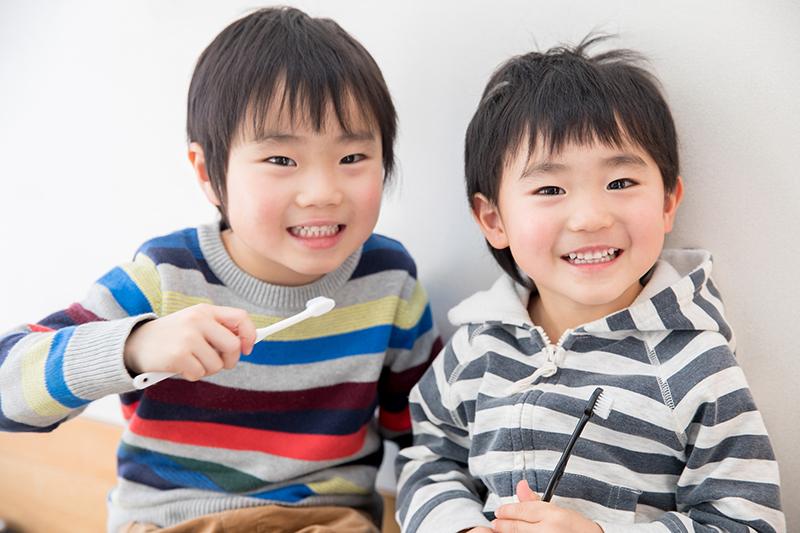 ブラッシングのアドバイス 小児歯科