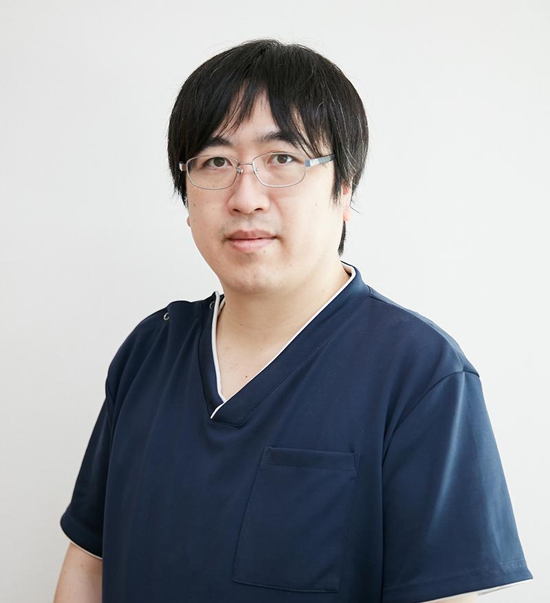医院長 吉岡 政博